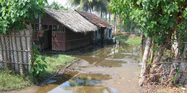flooded_hut